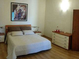 Nice Condo with Deck and Internet Access - Castelfiorentino vacation rentals