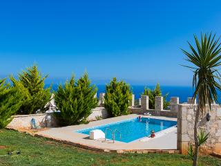 Nice Villa with Internet Access and A/C - Gerani vacation rentals