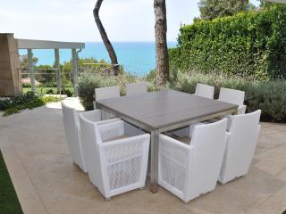 V&V  CASTIGLIONCELLO (VIP-VILLA) - Nibbiaia vacation rentals