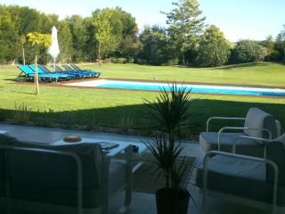 Monte Girassol - The Lisbon Country House (2x6pax) - Pegoes vacation rentals