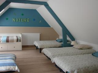 Cozy 3 bedroom Alençon Gite with Internet Access - Alençon vacation rentals
