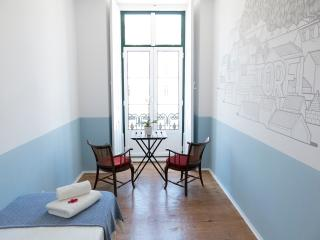 Triple bedroom in centre Lisbon - Lisbon vacation rentals