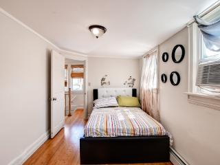 Justus Modern Flair (S. Jamaica Queens) - Jamaica vacation rentals