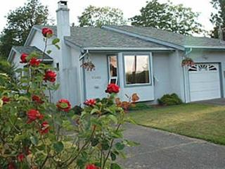 Beautiful House with Internet Access and Parking - Sidney vacation rentals
