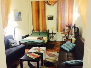 Quiet  and cozy studio steps from UN e58 th - New York City vacation rentals