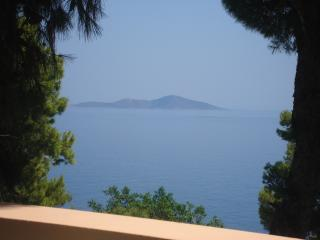 Comfortable 10 bedroom House in Alonnisos - Alonnisos vacation rentals