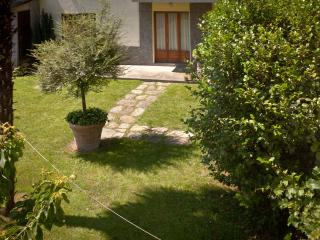 Bright Townhouse in Pont-Saint-Martin with Garden, sleeps 12 - Pont-Saint-Martin vacation rentals