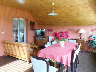 Perfect Gite in Etretat with Pool Table, sleeps 7 - Etretat vacation rentals