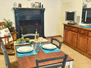 2 bedroom Townhouse with Central Heating in Bolsena - Bolsena vacation rentals