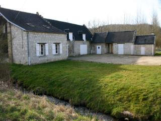 Nice Gite with Internet Access and Fireplace - Compiègne vacation rentals