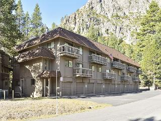 Skier & Hiker's Dream 2BR Condo in Squaw Valley - Walk to Tram & Village - Olympic Valley vacation rentals