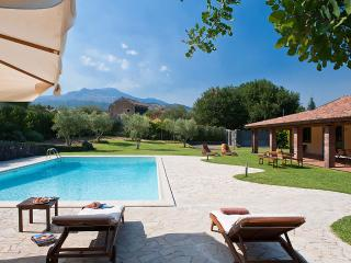 Comfortable Villa with Wireless Internet and DVD Player - Viagrande vacation rentals