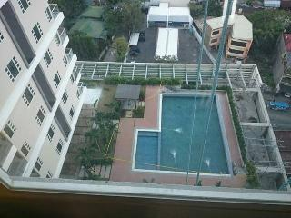Nice Condo with A/C and Mountain Views - Cebu City vacation rentals
