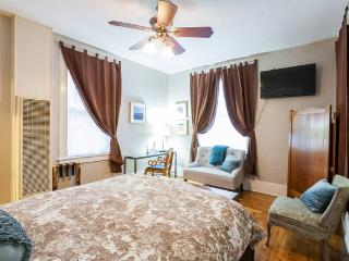 Nicely's ~ Historic Victorian Flat - Santa Cruz vacation rentals