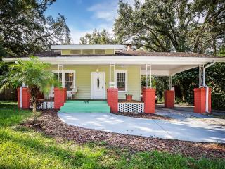 The Hiawatha House - Tampa vacation rentals
