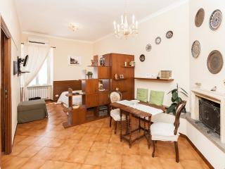 Finally Roma Apartment 2 - Rome vacation rentals