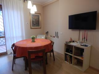 2 bedroom Apartment with Internet Access in Mentana - Mentana vacation rentals
