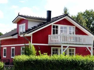 Haus Julia direkt am See - Schwerin vacation rentals