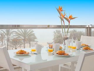 Incredible front sea line! -5 Playa de Plama. - Palma de Mallorca vacation rentals