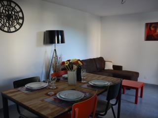 Chez Liline - appartement 2 chambres familial - Thollon-les-Memises vacation rentals