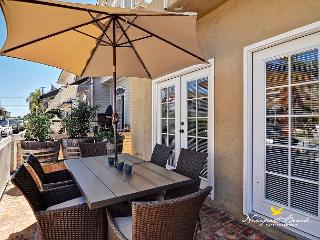 Onyx Ave 3 BED 3 BATH Balboa Island Comfortable Cozy and Adorable Residence - Newport Beach vacation rentals