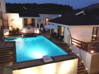 Casa Dios - Khandala vacation rentals