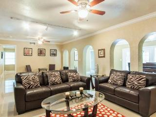 Nice House with Internet Access and A/C - Fort Lauderdale vacation rentals
