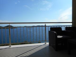 Apartment AP4 with beautiful view near the beach - Drage vacation rentals