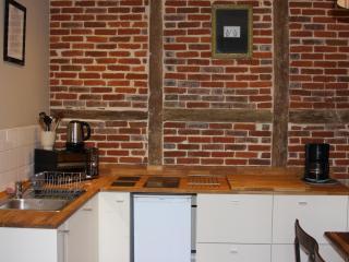 CLOS BERTHOT 4 PERS CENTRE HONFLEUR - Honfleur vacation rentals