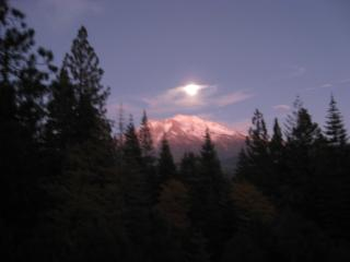 3 bedroom Lodge with Internet Access in Mount Shasta - Mount Shasta vacation rentals
