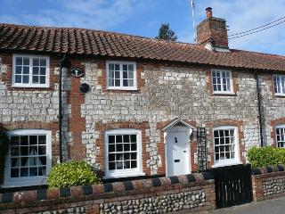 Nice Cottage with Internet Access and Central Heating - Burnham Overy Staithe vacation rentals