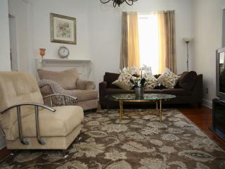Group Accommodation 1 Sleeps 12 - Staten Island vacation rentals