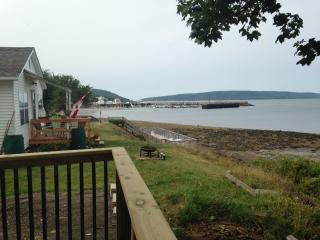 ocean view cottage home in town of Digby - Digby vacation rentals