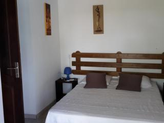 Nice Bungalow with Internet Access and Outdoor Dining Area - Port-Louis vacation rentals