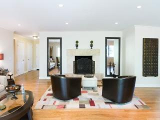 Silicon Valley SF Central Private Tasteful Clean - San Carlos vacation rentals
