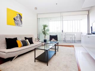 Spacious Studio Darlinghurst TT404 - Sydney vacation rentals