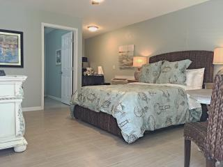1 bedroom Bungalow with Internet Access in Pensacola - Pensacola vacation rentals