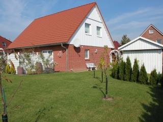 Nice Condo with Internet Access and Satellite Or Cable TV - Lübeck vacation rentals