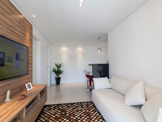 1 bedroom Apartment with Private Outdoor Pool in Sao Paulo - Sao Paulo vacation rentals