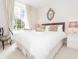 28A Cumberland Street - Edinburgh vacation rentals
