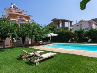 Fabulous Anavyssos swimming Pool - Anavyssos vacation rentals