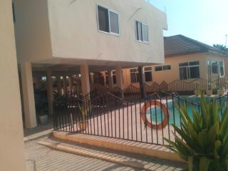 One bed self-contained villa Accra- pool-Private - Accra vacation rentals