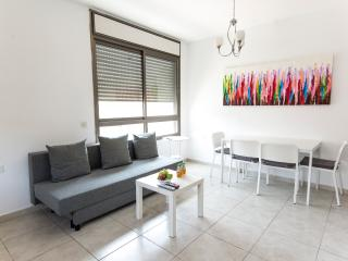 Cozy on the beach!! - Tel Aviv vacation rentals