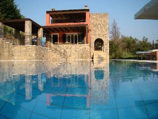 VILLA CHRISIKOS - Corfu Town vacation rentals