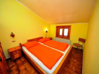 Residence Casa Longa Apt. 10 - Livigno vacation rentals