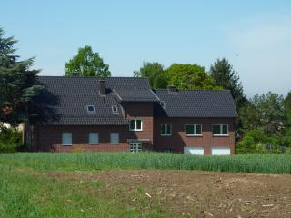Romantic 1 bedroom Condo in Leichlingen - Leichlingen vacation rentals