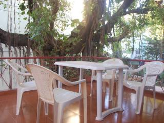 2 bedroom Apartment with A/C in Calangute - Calangute vacation rentals