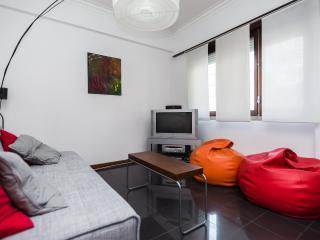 Quiet & Comfortable in City Center - Lisbon vacation rentals