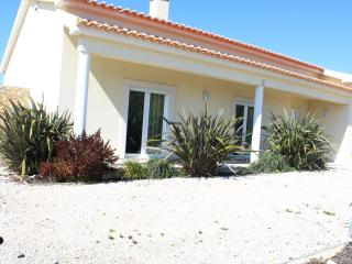 Villa with pool and great view - Bombarral vacation rentals