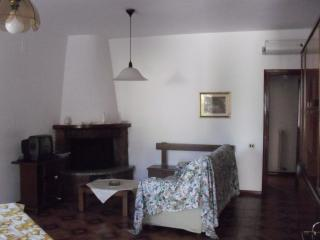 Nice Townhouse with A/C and Television - Casciana Terme vacation rentals
